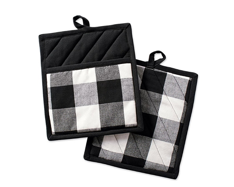 black and white gingham hot pads