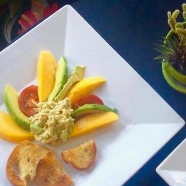 vegan jackfruit tuna salad