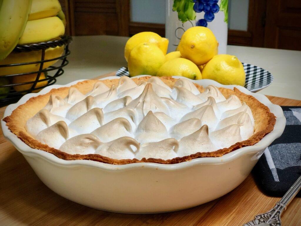 world's best vegan lemon meringue pie