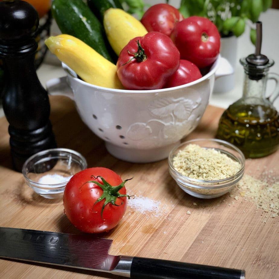 fresh zucchini yellow squash tomatoes