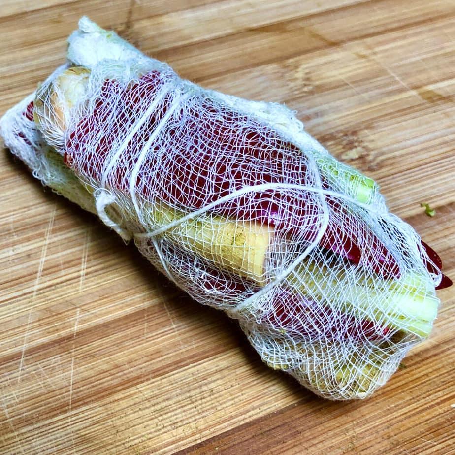 bundled sachet for vegan tom yum soup
