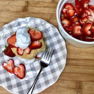 vegan strawberry shortcake plated