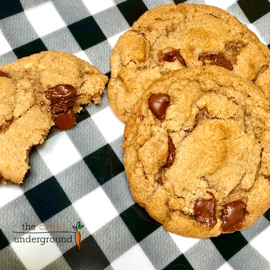 a plate with vegan chocolate chip cookies