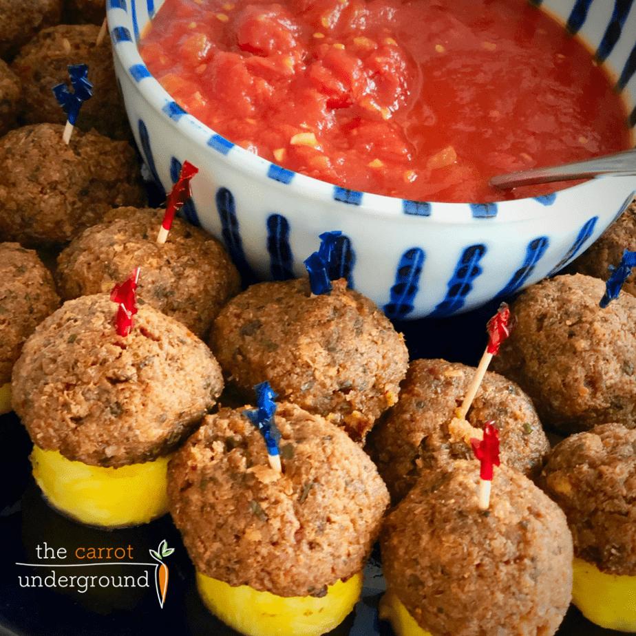 vegan meatballs with marinara sauce